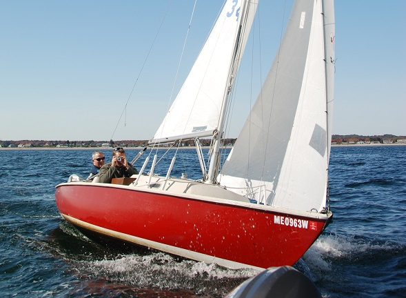 Buy a sailboat   Points East Magazine