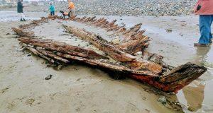 Historic shipwreck exposed again